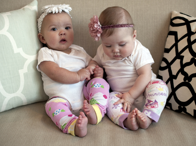 Get 5 Pairs of Baby Leggings for $2.59 a Pair Shipped!
